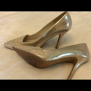 Aldo gold leather heels